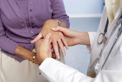 a kéz ízületi gyulladása denas-kezelés)