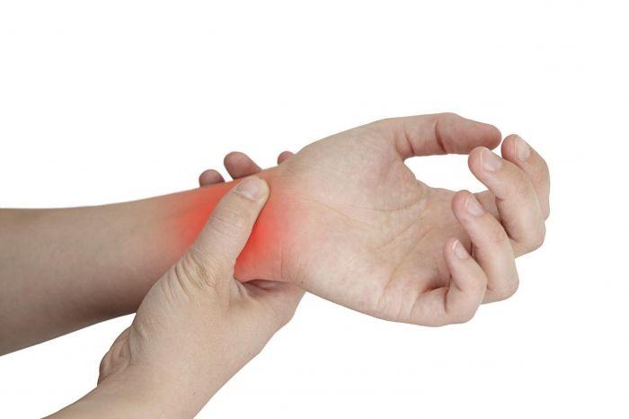 kezelje az ujj-falanx ízületét