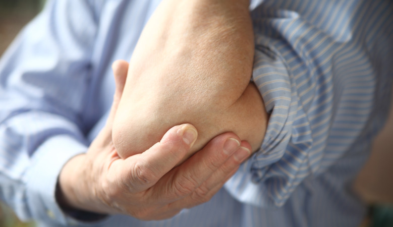 fáj a könyök és a csukló ízületei