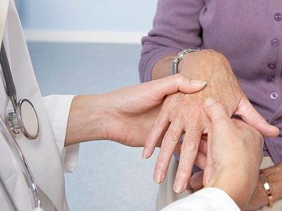 a kezek ízületeinek gyulladása, mint kezelésére