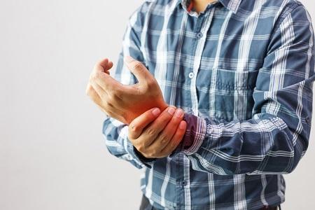 kattintson az ujjak ízületeire fájdalommal)