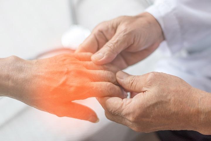 a térd oldalsó ínszalagjának helyreállítása kiterjedt ízületi fájdalom