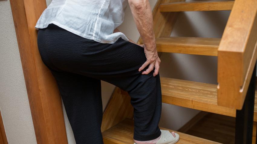 fáj a csípőízület