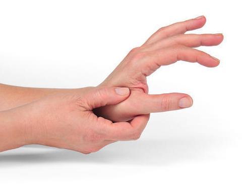 enyhítse a kézízületek duzzanatát
