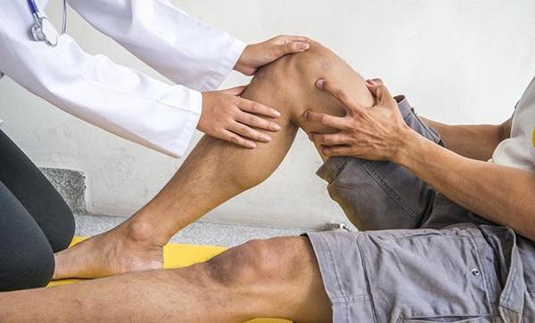 hogyan lehet gyógyítani a térd szalagkárosodását
