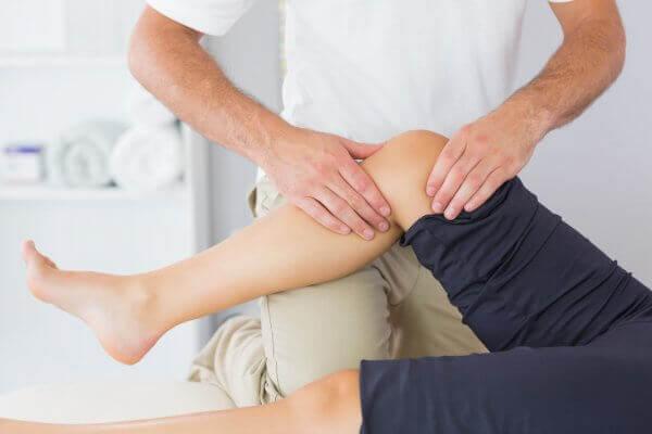 a térdízület fájdalmának lokalizálása