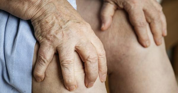 az ujjak és a térd ízületei fájnak