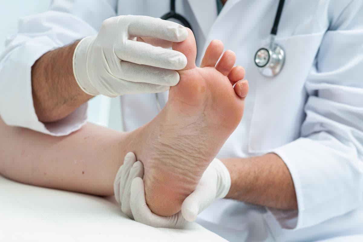 a láb lábának ízületeinek gyulladása