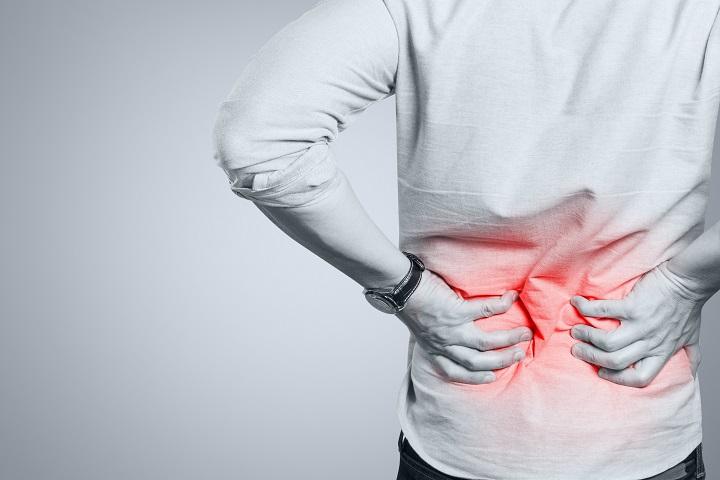 az alsó hátfájás a csípőízületbe fordul