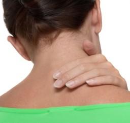 Miért fáj a mellünk? Ezek a leggyakoribb okok