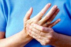 fájdalmak a kéz kis ujjainak ízületeiben)