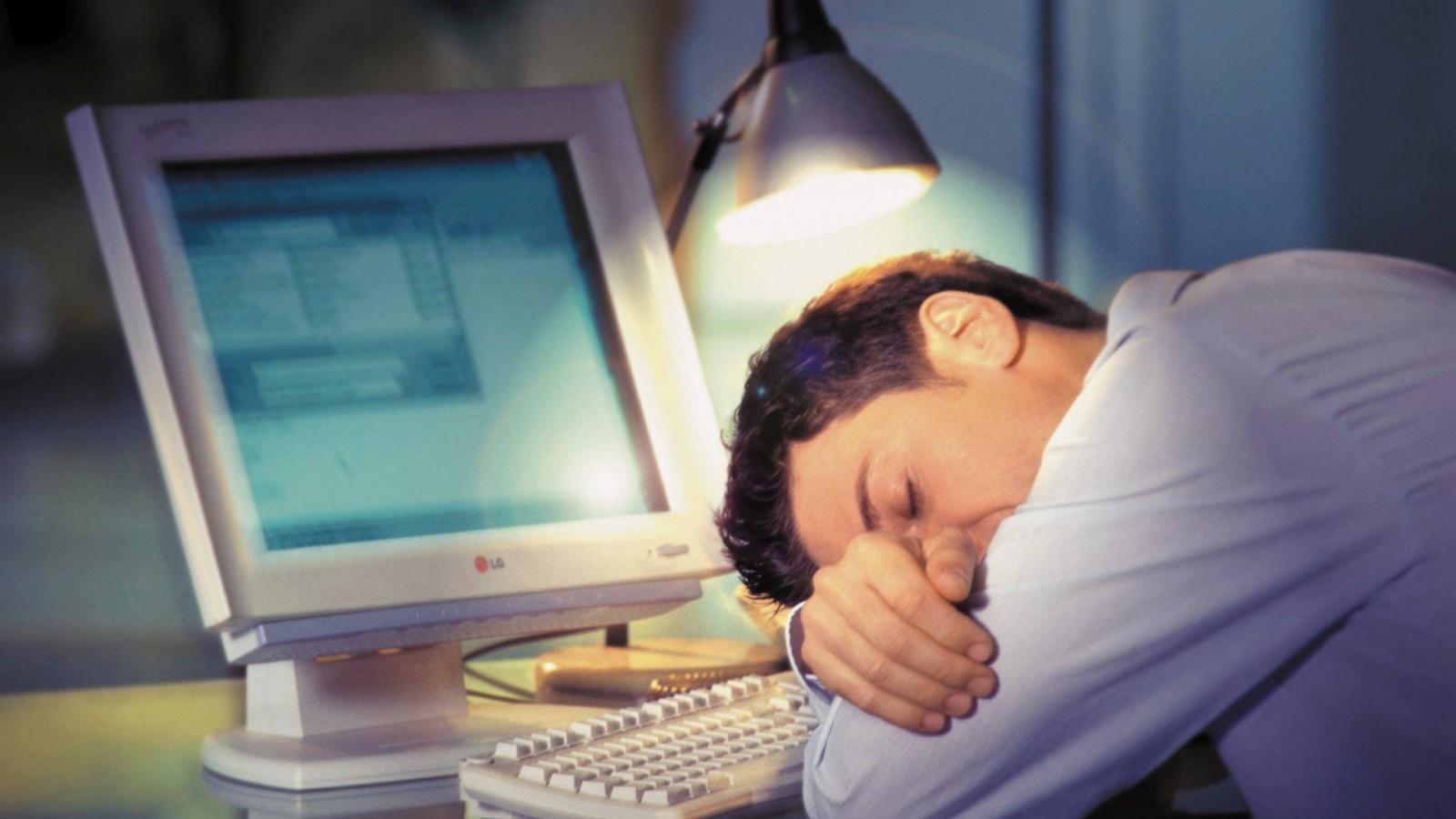 fáradtság álmosság ízületi fájdalom)