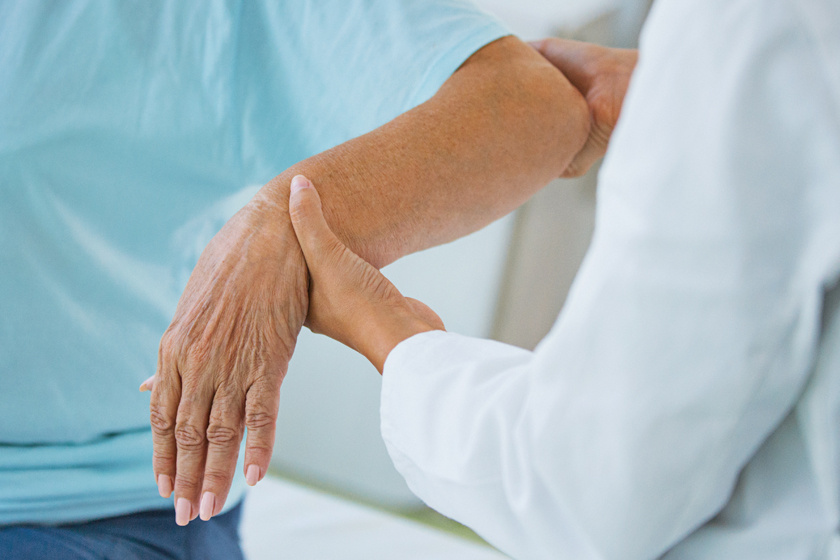 nagy ízületi fájdalom zárt térd sérülés hemarthrosis