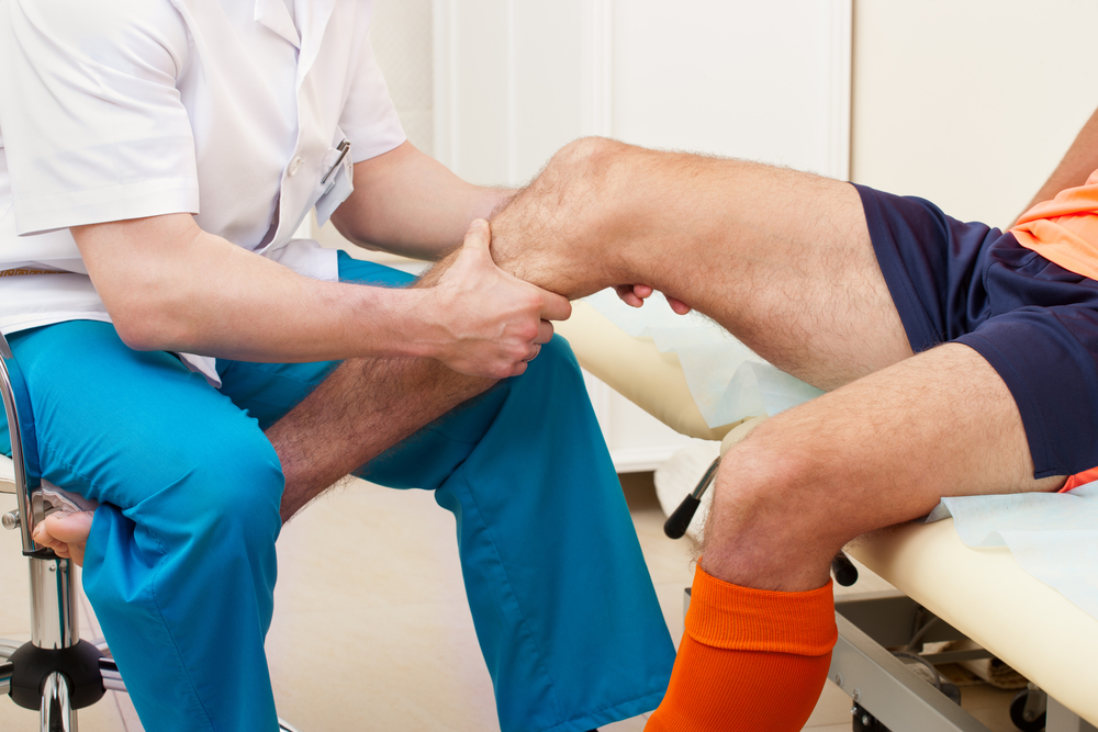 A csípő-közös nekrózis tünetei és kezelése