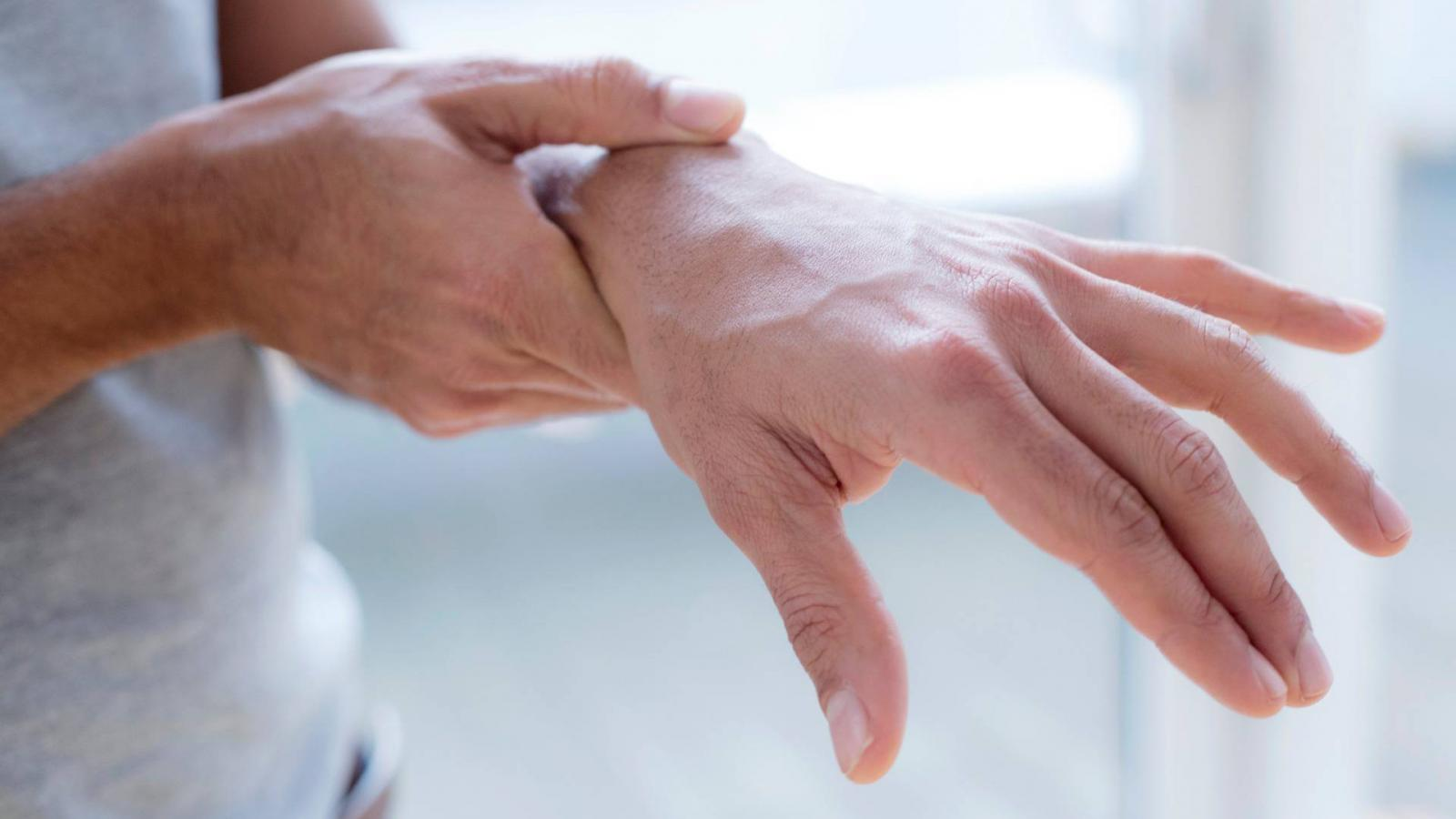 rheumatoid arthritis ujjai allergiás reakció és ízületi fájdalmak