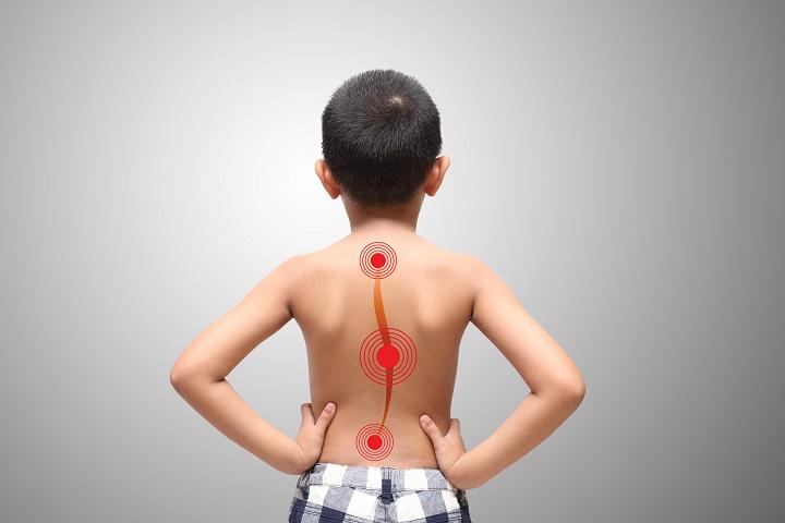 a kenőcső nyaki gerincének tünetei